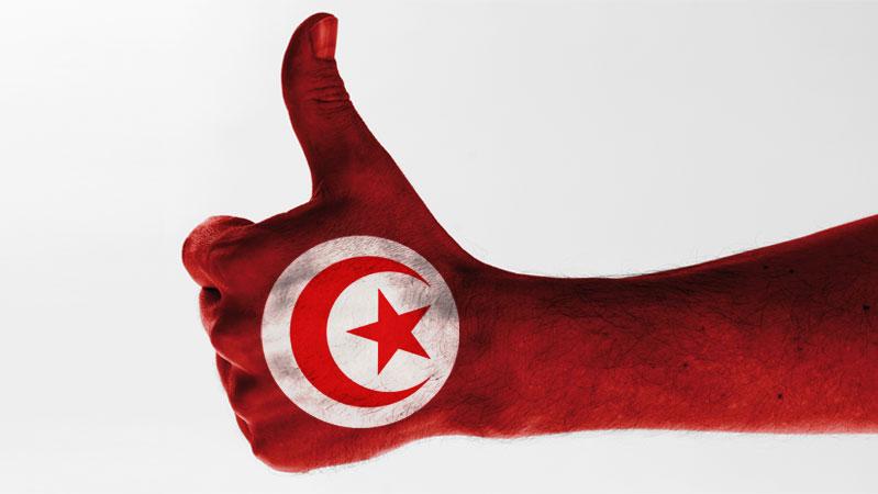 pouce-leve-pour-la-tunisie